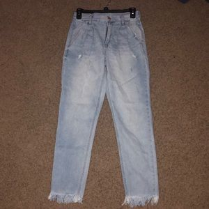 American Eagle Pleated Mom Jeans